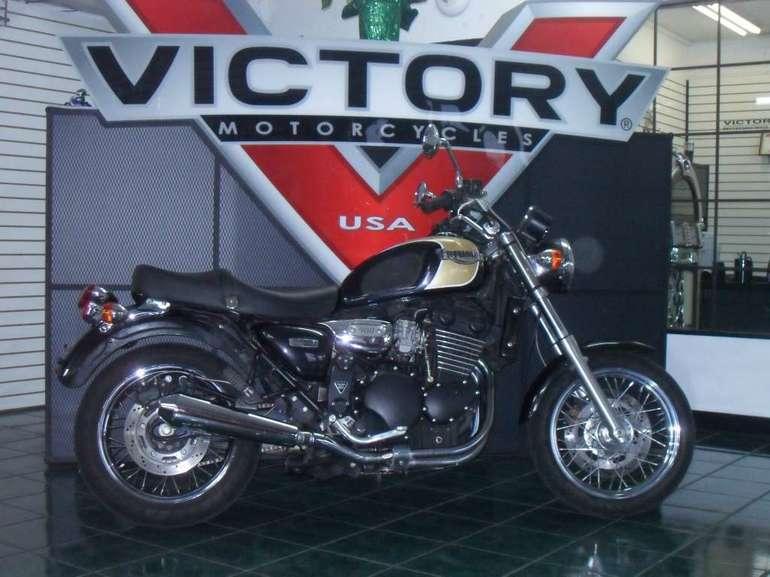 2000 Triumph Legend.jpg