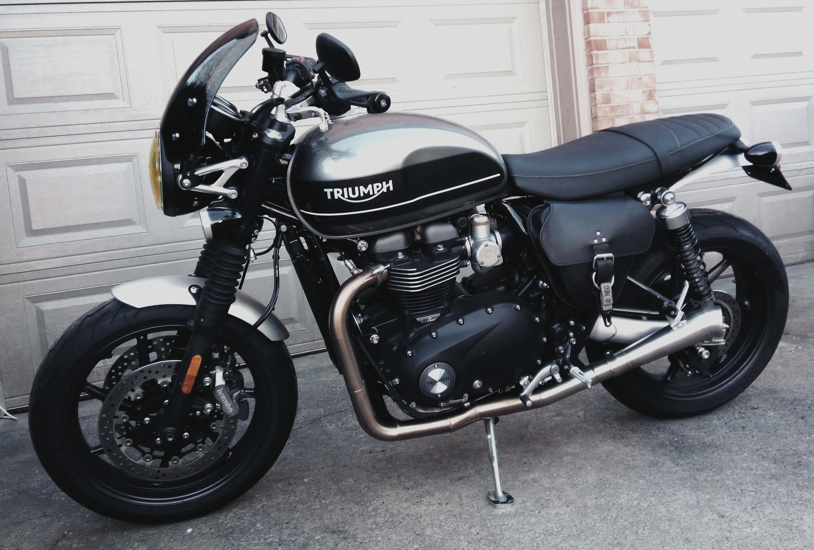2019 Triumph Spd Twn_STG-1.jpg