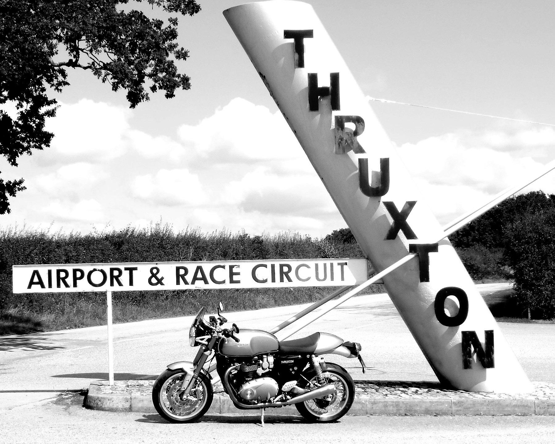Thruxton 2017__b.jpg