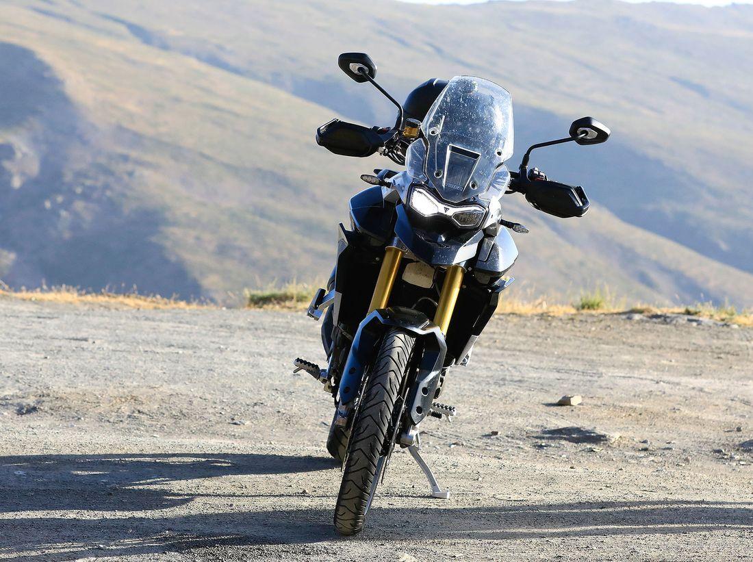 Triumph-Tiger-800-Erlkoenig-articleGalleryOverlay-e2027947-1617511.jpg